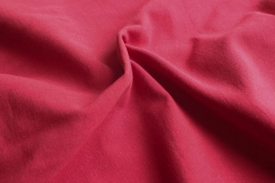 Хлопковая ткань Ягодный красный цвет