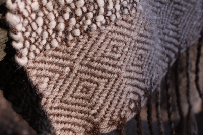 Светло-серый шерстяной шарф