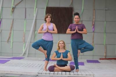 Одежда для йоги из натурального трикотажа